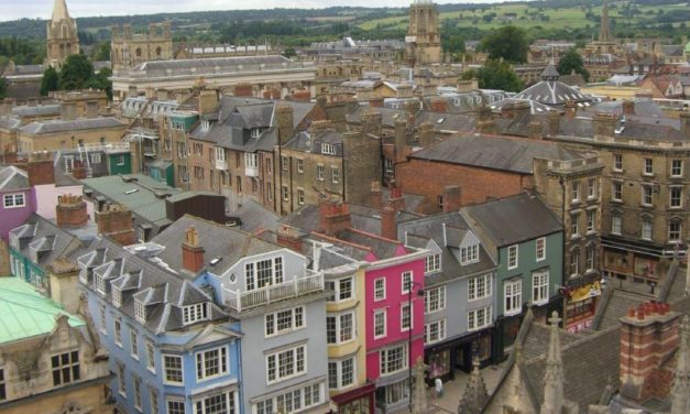'Oxford needs locals to help recover global tourism trade'