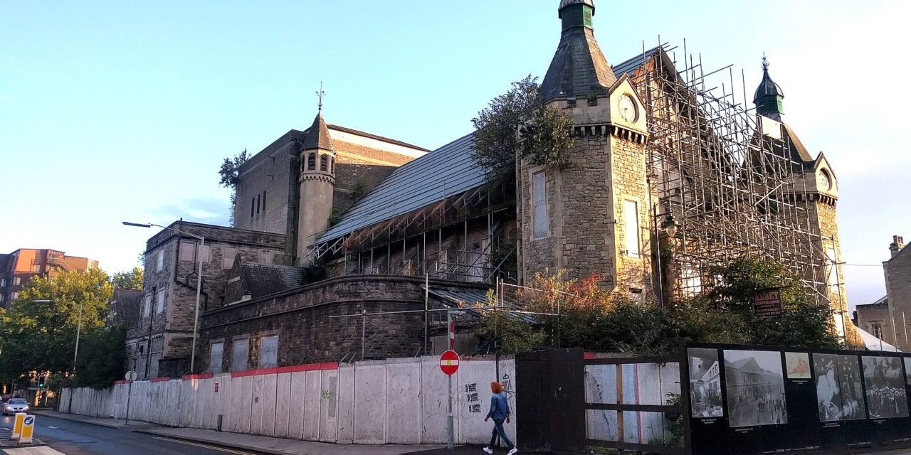 Work resumes to try to save Mechanics' Institute