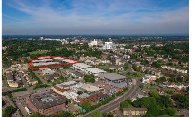 20,000 sq ft Bracknell warehouse let