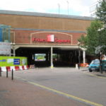 Council starts talks about buying shopping centre