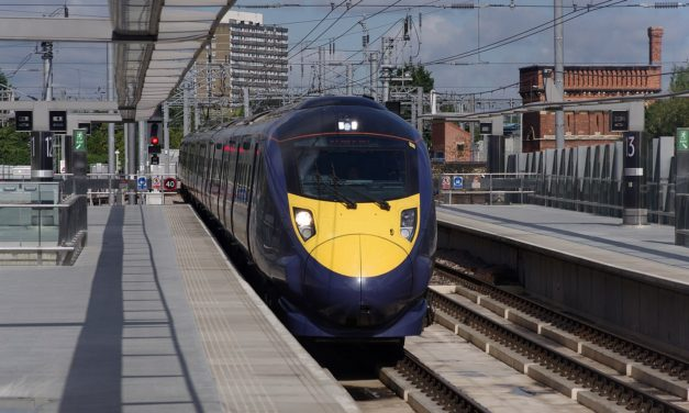 Rail travel 'must continue to evolve'