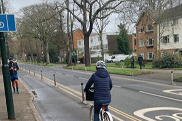 Cycle lane usage increases in Kew